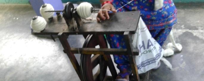 3_AZIMVTH_Ashram_bhagirathi_spinning_charkha - Copy