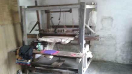 4_AZIMVTH_Ashram_manual_weaving_wooden_device