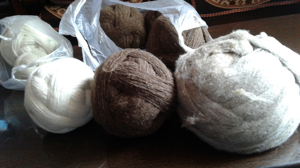 4_AZIMVTH_Ashram_spindles_of_spun_wool