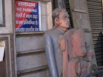 Divinity in stones - Statues of personalities - 2